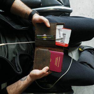 Reisepasshülle aus echtem Rindsleder, handgefertigte Reisepasstasche für den Reisepass aus echtem Leder, handgefertigt und fair gehandelt